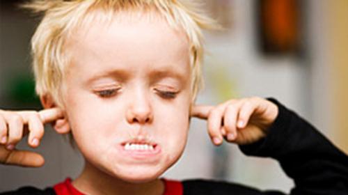 کودک لجباز را با چه ترفندهایی ادب کنیم؟