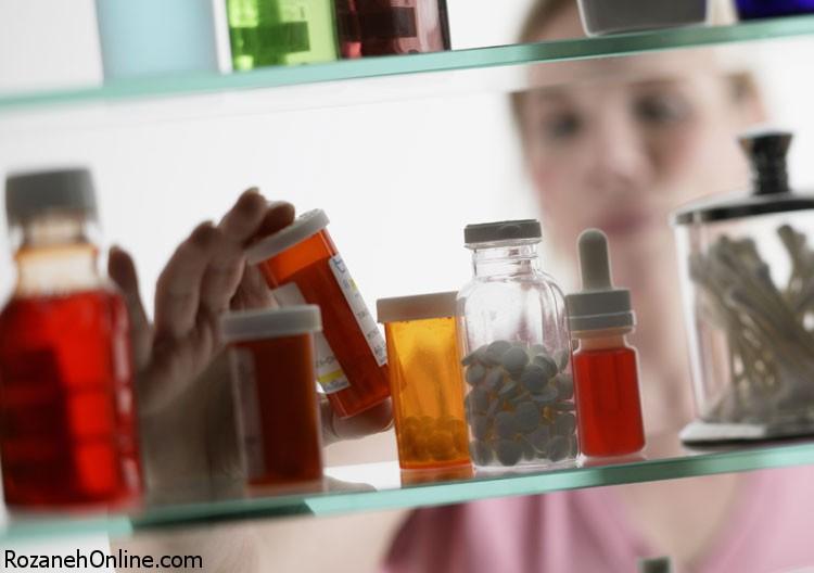 مبارزه با مسمومیت کودکان
