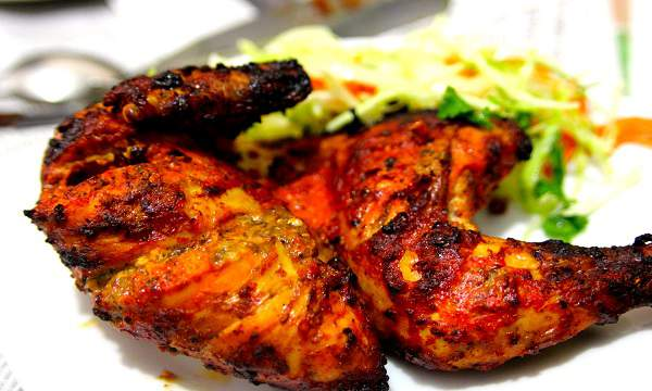 دستور پخت مرغ تندوری یک غذای مشهور هندی با زنجبیل