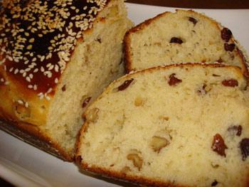 پخت نان کشمشی طلایی ایتالیایی ویژه یک عصرانه عالی