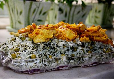 طرز پخت نخود پلو با مرغ همراه با پودر دارچین و زیره