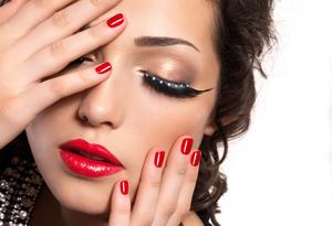 چرا خطاهای آرایشی باعث مسن شدن بانوان می گردد؟