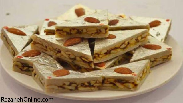 طرز تهیه اسلایس بادام و دارچین شیرینی ویژه نوروز