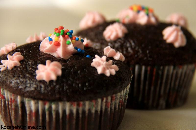 دستور پخت کاپ کیک شکلاتی بدون فر