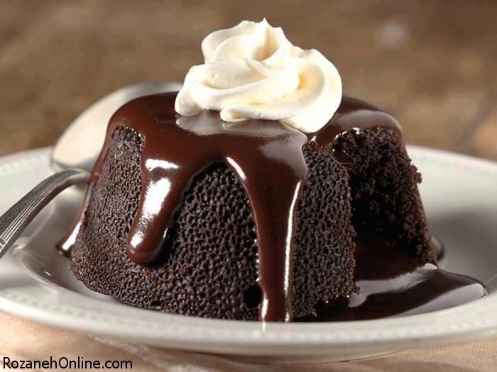 طرز تهیه کیک شکلاتی با کرم اسپرسو همراه با عصاره وانیل