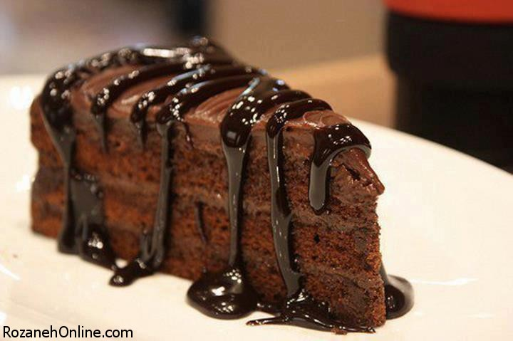 طرز تهیه کیک شکلاتی ساده با روشی متفاوت