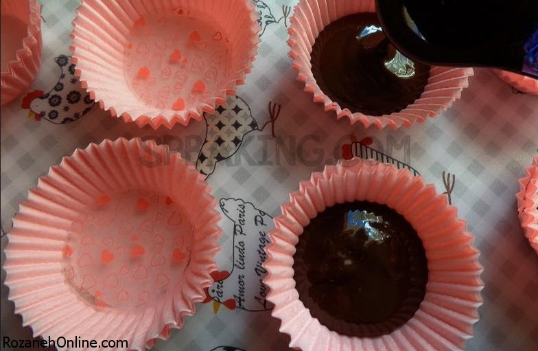 طرز تهیه کاپ کیک مغزدار شکلاتی دسر زمستانی