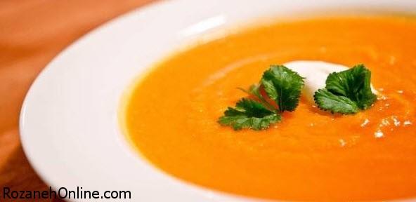 طرز تهیه سوپ چربی سوز با مارچوبه و کرفس