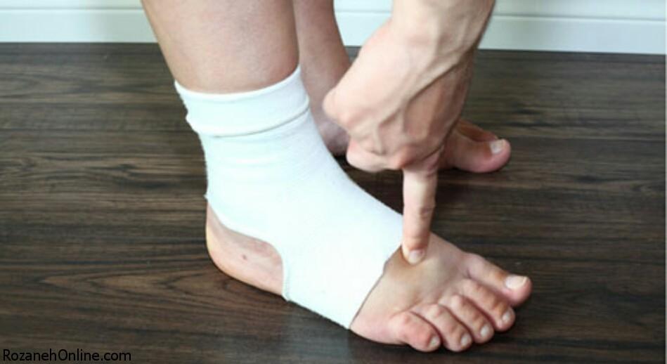 حرکت دادن ناگهانی پاها در خواب