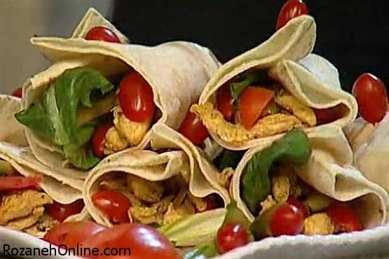 طرز تهیه شاورمای مرغ در فر و با استفاده از قرص مگی