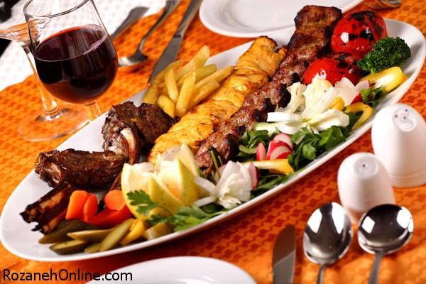 10 علتی که باعث خوشمزه شدن غذای رستورانی می شود!