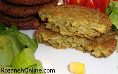 طرز تهیه کوکو عدس با عدس پخته شده و گوشت
