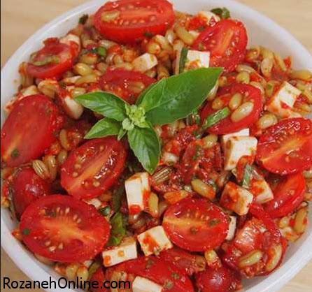 سالاد گوجه فرنگی هندوستانی را با روش زیر تهیه کنید!
