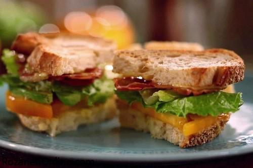 دستور تهیه ساندویچ زیبا ویژه پذیرایی از مهمانان خاص