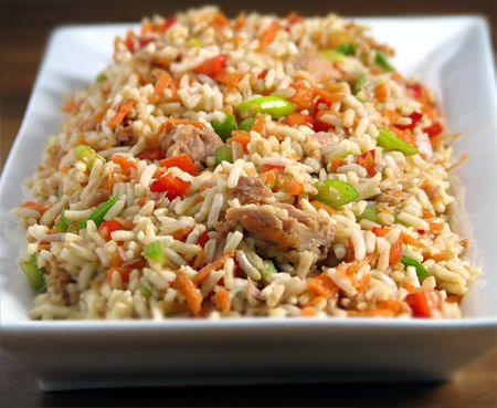 پخت پلو مخلوط چینی و رنگارنگ کردن آن با هویج و نخود فرنگی