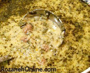 دستور پخت آش ماست شیرازی همراه با گوشت ریشه شده