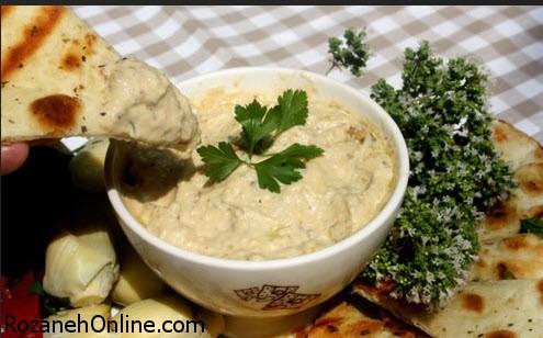 پخت هوموس نخود و سیر یک غذای لبنانی