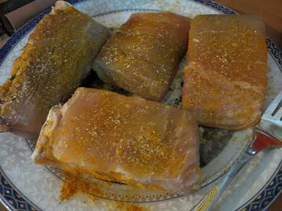 طرز تهیه ماهی جنوبی و مزده دار کردن آن با گشنیز