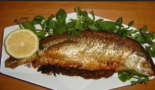 طرز تهیه ماهی شكم پر با گشنیز فراوان