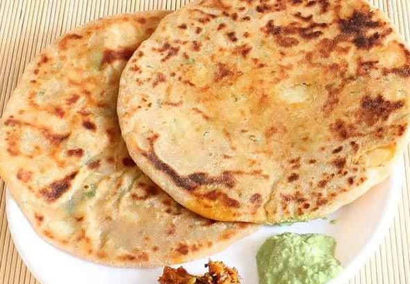 پخت نان چاپاتی هندی یک نان هندی مشهور