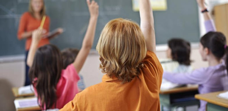 دگرگونی های عاطفی در کودکان دبستانی