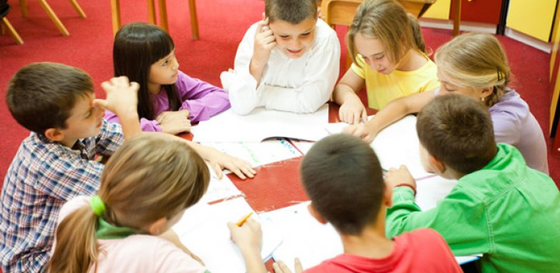 آموزش مهارت های اجتماعی کودک