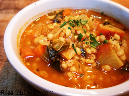 طرز تهیه سوپ های زمستانی بسیار مقوی (1)