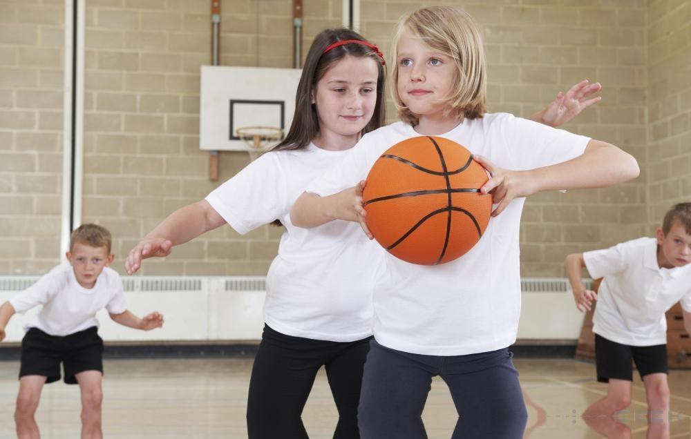 مباحثی در ارتباط با  ورزش در باشگاه ورزشی