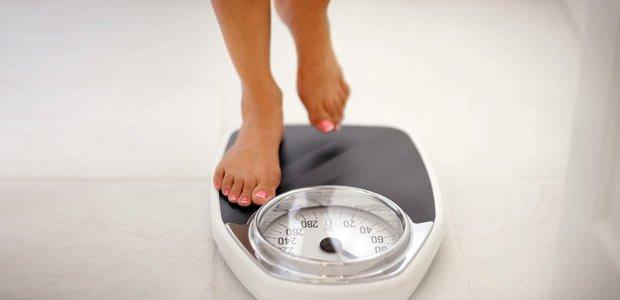 کم شدن وزن با کاهش مصرف چربی ها