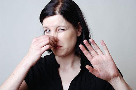 عرق غیرطبیعی خبر از چه نوع بیماری می دهد؟