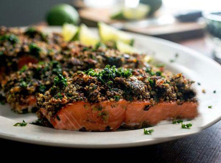 طرز تهیه فیله ماهی با تمر هندی همراه با سبزیجات معطر