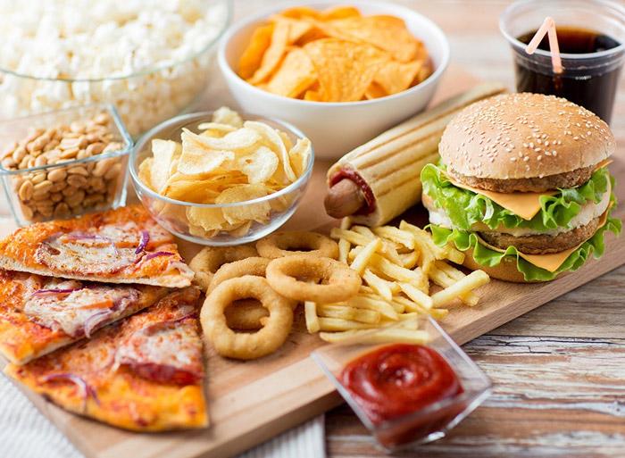 ممنوعیات خوراکی برای ساعت هشت شب