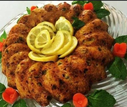 پخت کتلت گوشت و مرغ شکم پر همراه با استفاده از قارچ