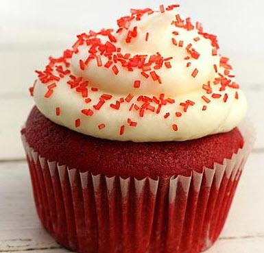 چگونه کاپ کیک قرمز در مایکروفر را ویژه ولنتاین تهیه کنیم؟