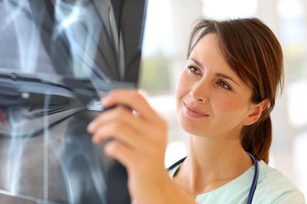 عوارض جانبی اشعه ایکس برای خانم های باردار