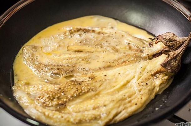 پخت املت بادمجان رژیمی با کبابی کردن بادمجان