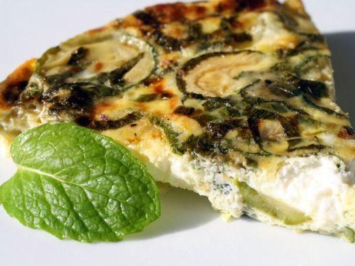 پخت املت اسفناج و پنیر همراه با استفاده از شیر کم چرب