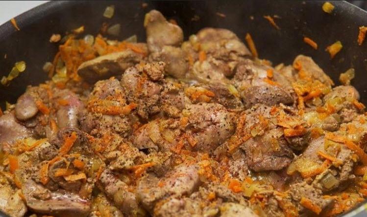 چگونه پاته جگر مرغ را برای یک عصرانه عالی آماده کنیم؟