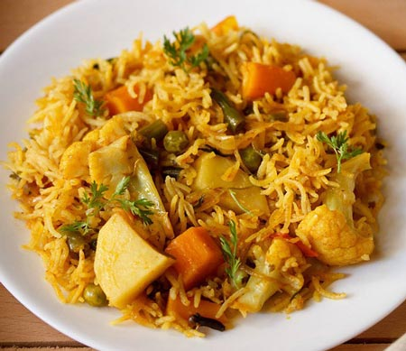 نحوه پخت پلو سبزیجات هندی با استفاده از انواع سبزیجات