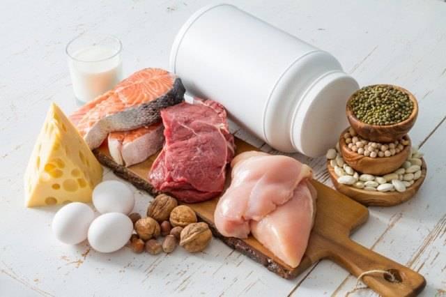 روزانه چه مقدار باید غذا بخوریم؟