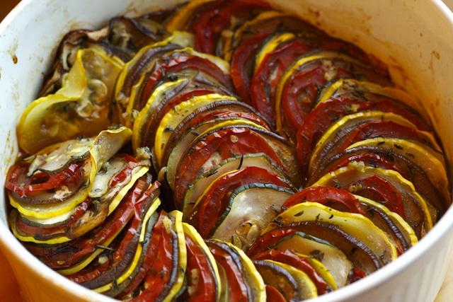 دستور تهیه راتاتویی یک غذای فرانسوی اصیل