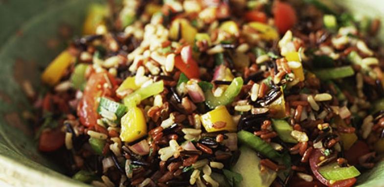 مواد غذایی مناسب برای کاهش کلسترول بدن