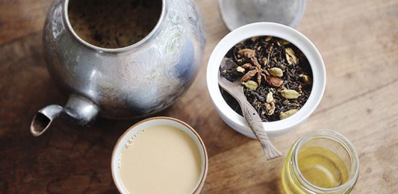 رفع بی خوابی با آلبالو و چای سبز