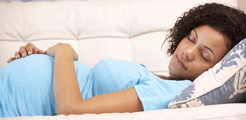 پیامدها و عوارض استراحت مطلق برای زنان باردار