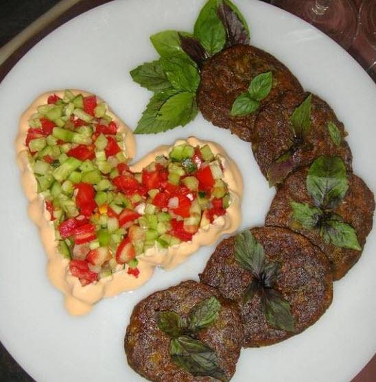 پخت شامی بابلی با استفاده از لپه و گردو آسیاب شده