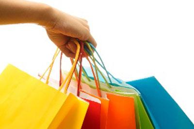 تحریک خرید کردن مردم با فروش های فوق العاده فصلی