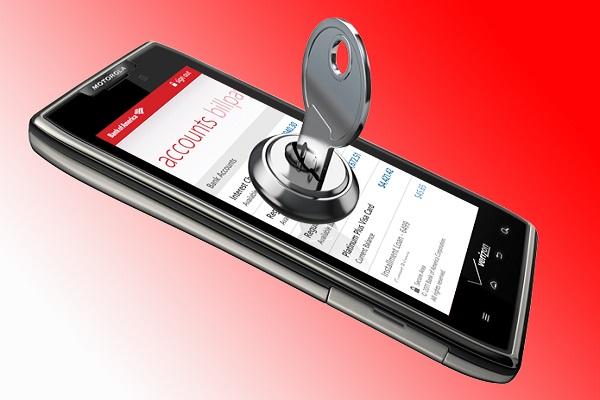 امنیت موبایل بانک با رمزگذاری برای گوشیتان