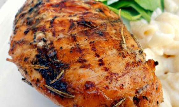 طرز تهیه مرغ تنوری با سس مخصوص همراه با گریل کردن