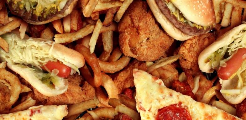 کاهش علاقه به خوردن غذاهای مختلف