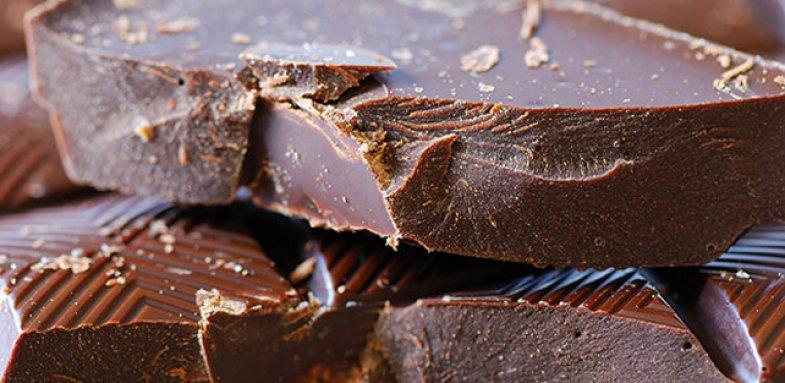 احساس خوب با خوردن شکلات